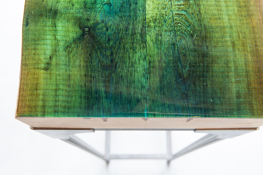 epoxy in kleur tafel industrieel sokkel