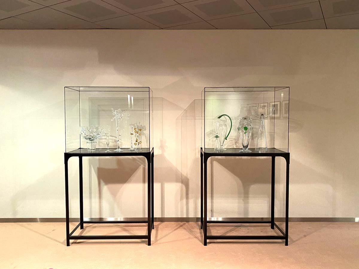 Vitrine glazen kubus presentatie